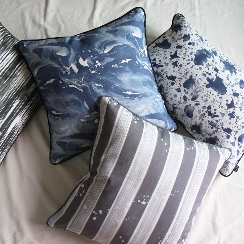 ERDA Living|地心默想 抱枕套(靛藍色 / 50 x 50 cm)