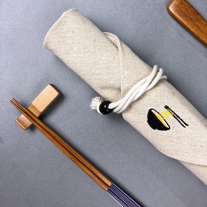 (複製)光山行|臘腸犬 亞麻布電繡餐具包 Cutlery bag