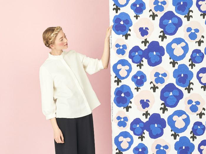 Kauniste 棉麻圍裙 (紫色三色堇)