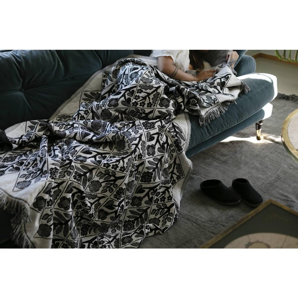 Lapuan Kankurit|鹿兒島睦花束多用途薄毯(黑白)