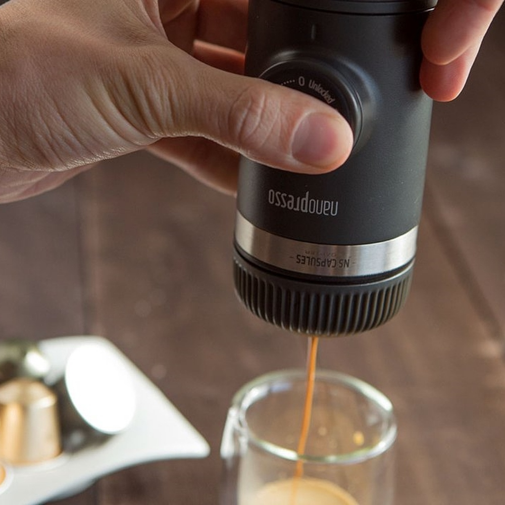 WACACO Nanopresso 隨身咖啡機 + 咖啡膠囊套組 - 馬上變身 膠囊咖啡機