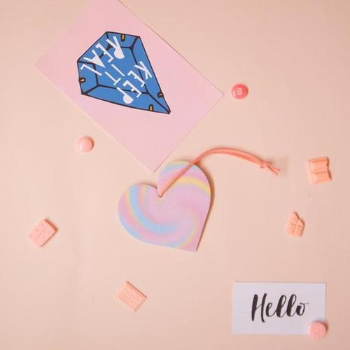 Scentlab 香氛實驗室|粉愛粉愛你香氛吊飾 (英國梨與小蒼蘭)