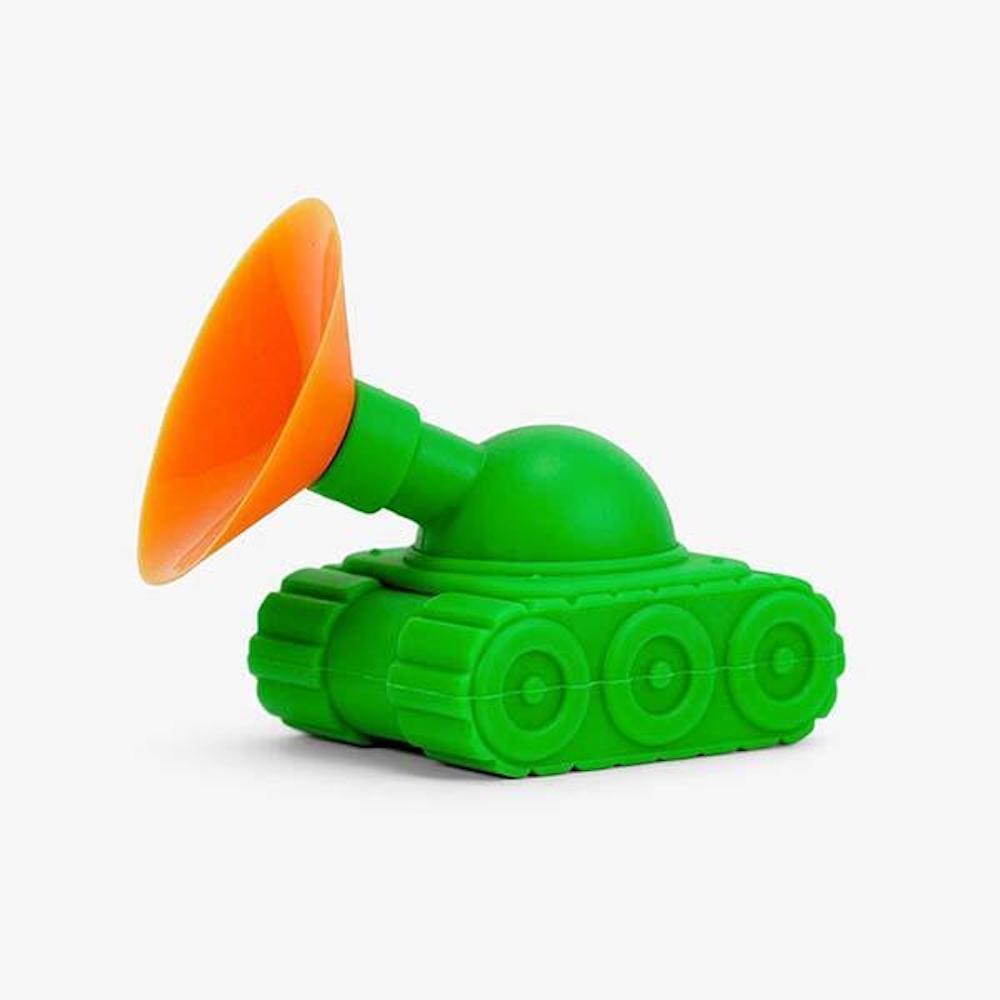 THE DAYDREAMER STUDIO | Tank Phone Stand 坦克手機架