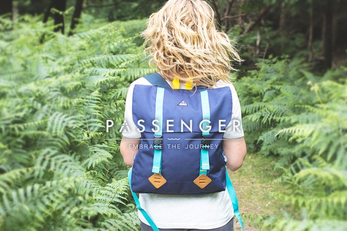英國 PASSENGER|WISHBONE 日常休閒戶外輕便風格背包 (NAVY)