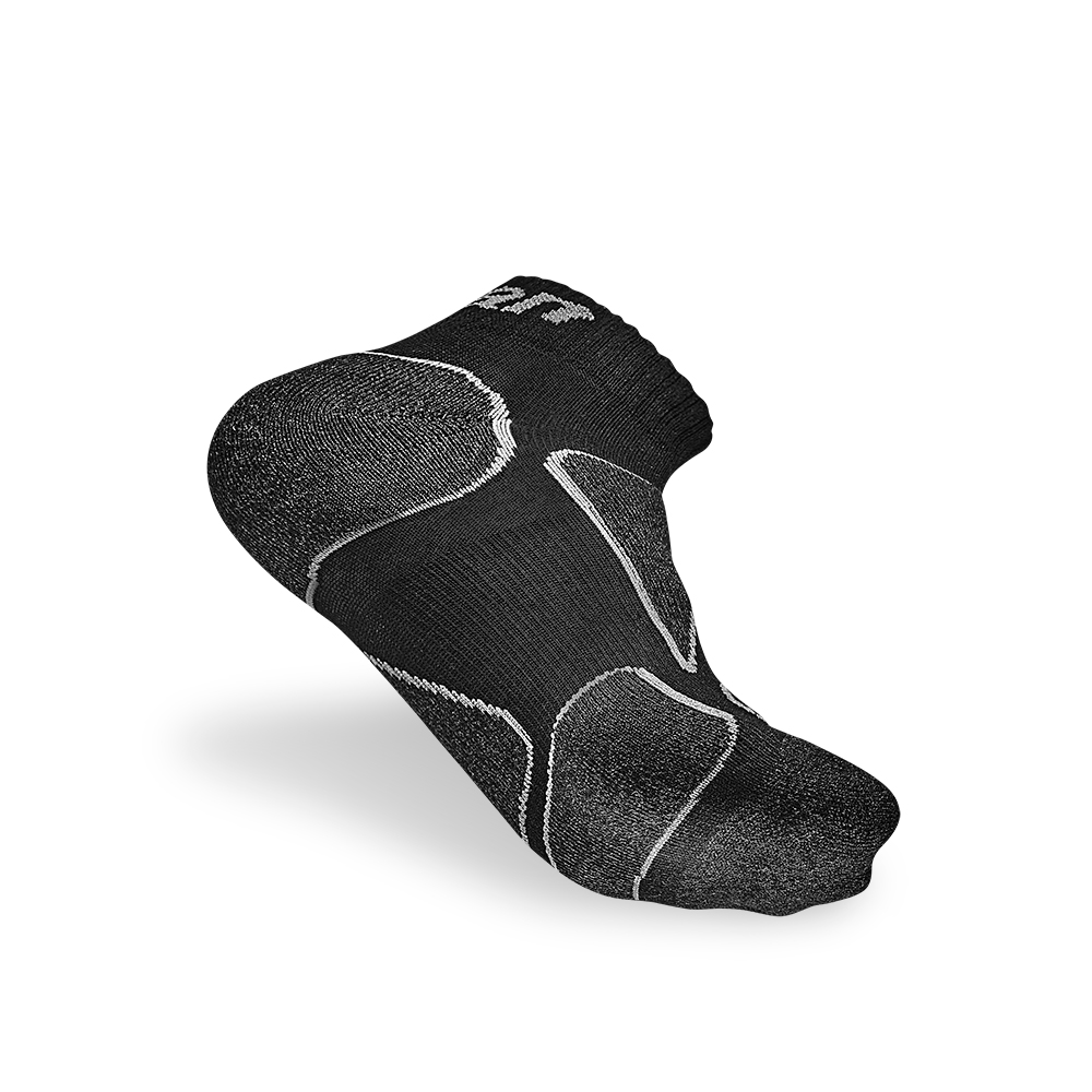 titan太肯|功能慢跑襪-純黑系(3入)