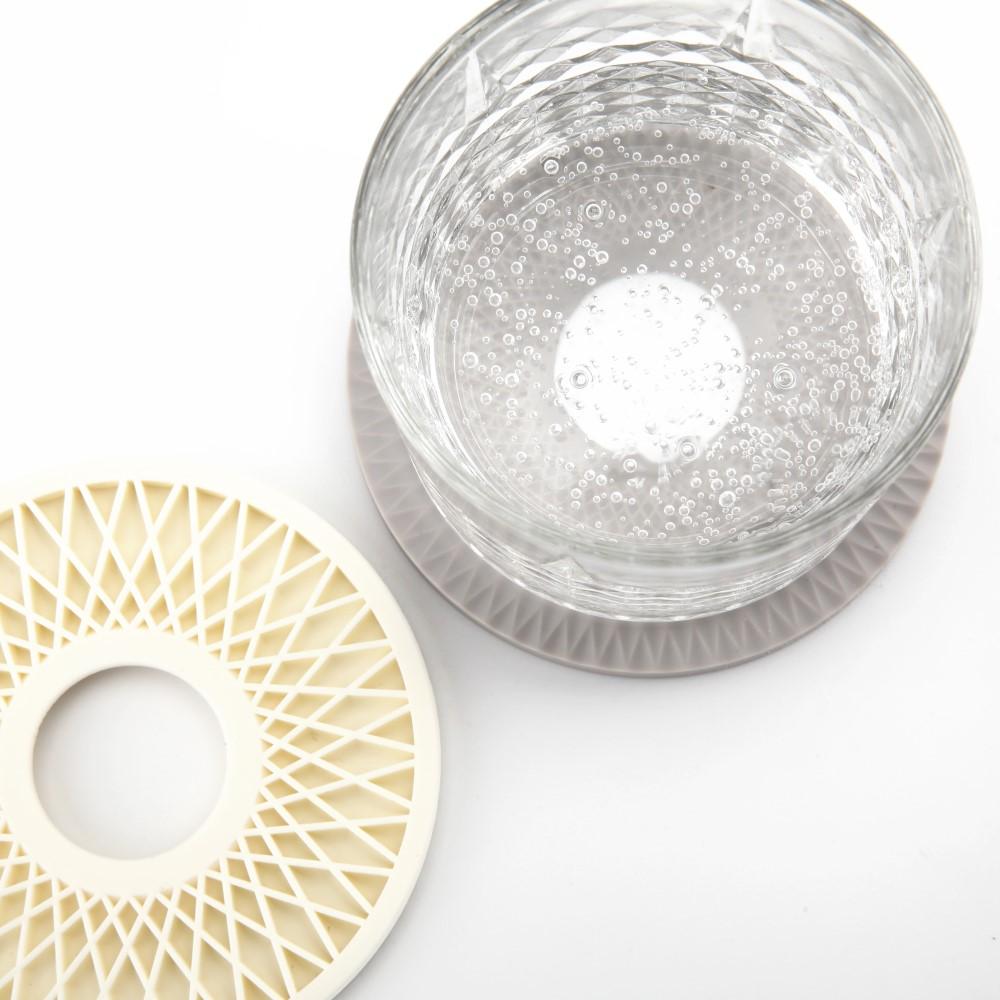 Unique Art|EASY KITCHEN 幾何紋矽膠杯墊4入組