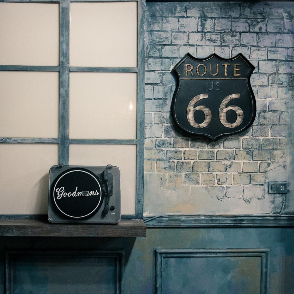 Goodmans|MANCHESTER曼徹斯特 經典黑膠唱機