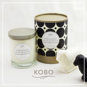 KOBO|美國大豆精油蠟燭 - 葡萄牙橄欖花 (330g/可燃燒80hr)
