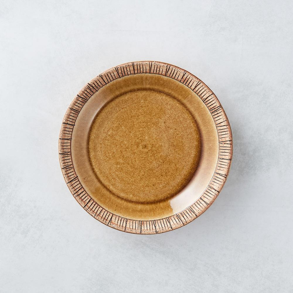 日本KOYO美濃燒 細雕紋小盤 - 赭石黃