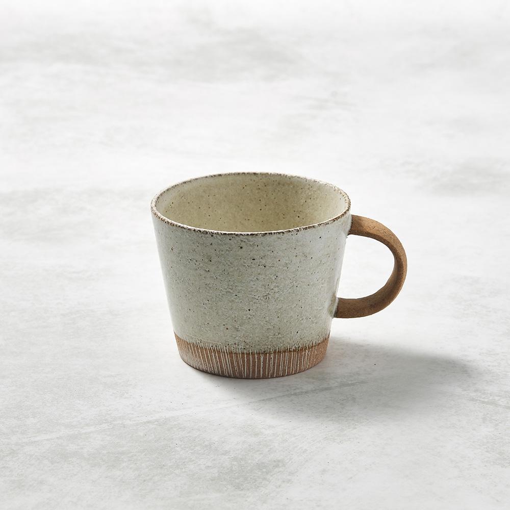 日本KOYO美濃燒 細刻紋馬克杯 - 乳白