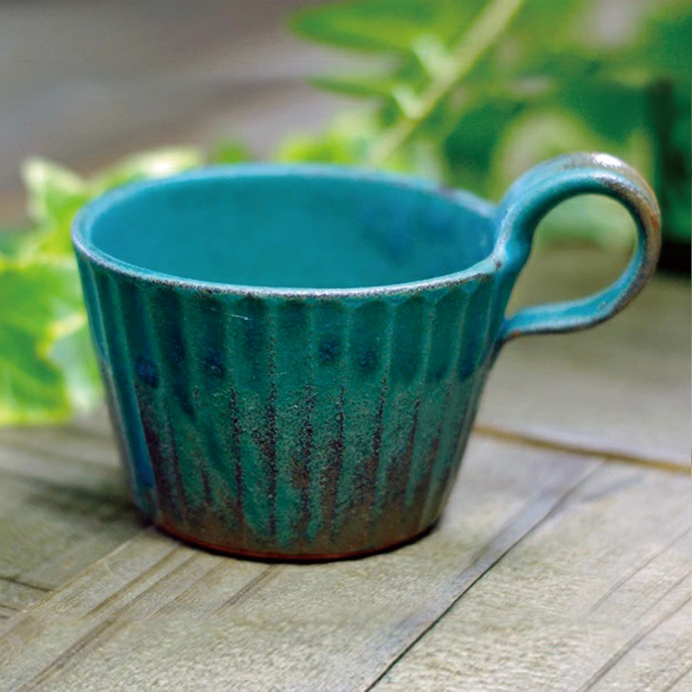 日本窯元益子燒|青綠燻刻紋提耳杯
