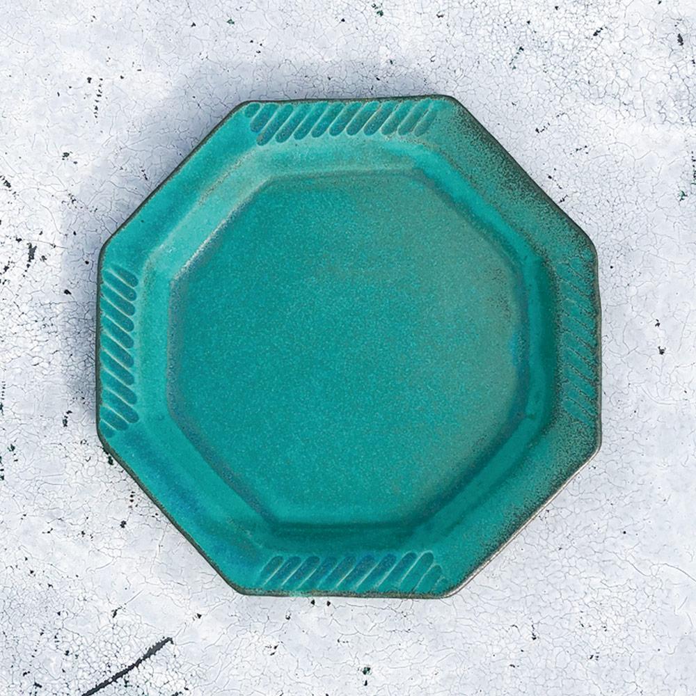 日本窯元益子燒 青綠燻刻紋八角淺盤