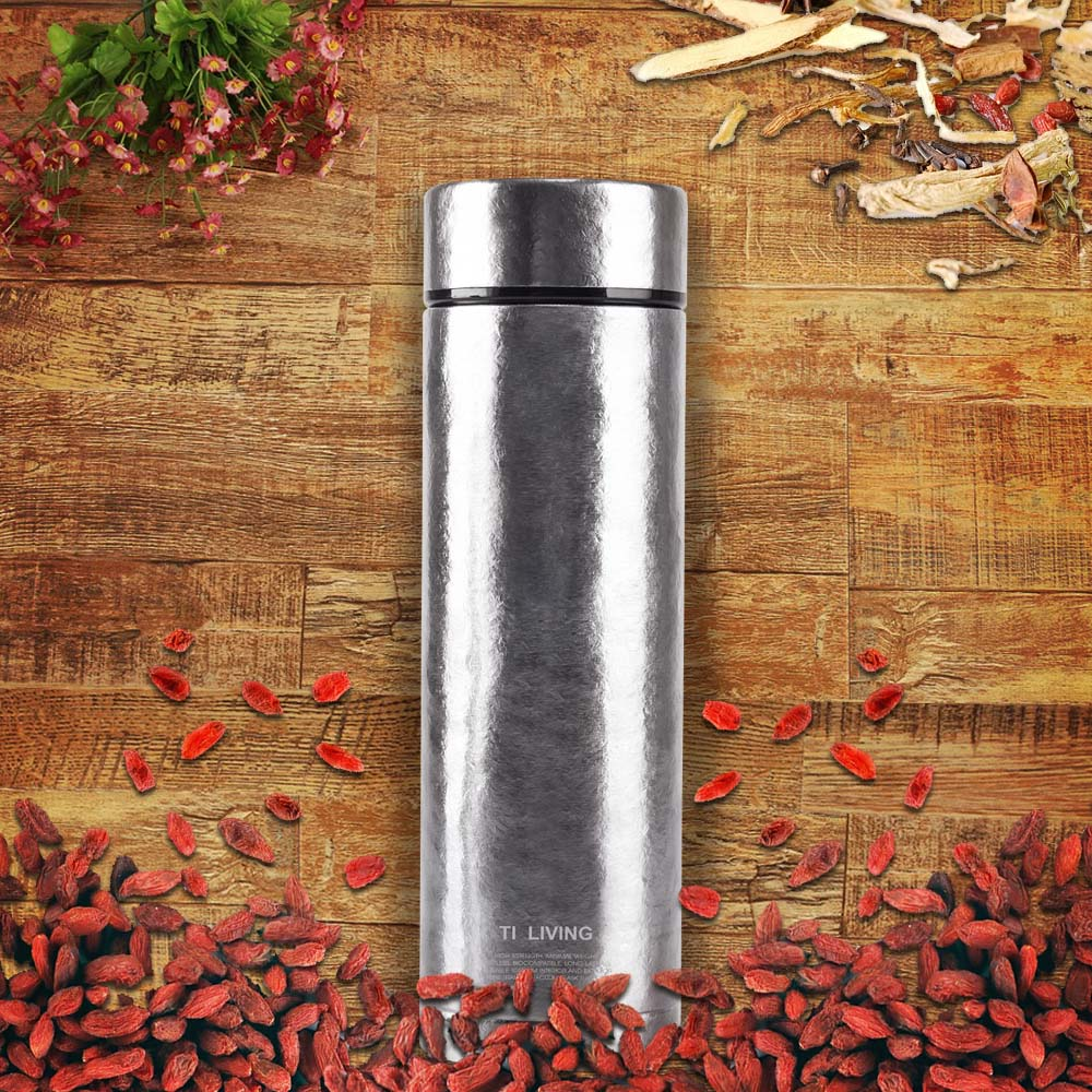 Ti-living|純鈦抗菌真空保溫-養身泡茶杯 450ml-沁雪銀-茶濾網