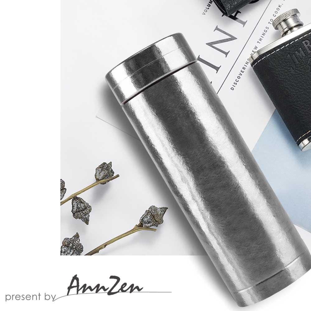 Ti-living|純鈦抗菌真空保溫-養身輕巧杯-沁雪銀 300ml