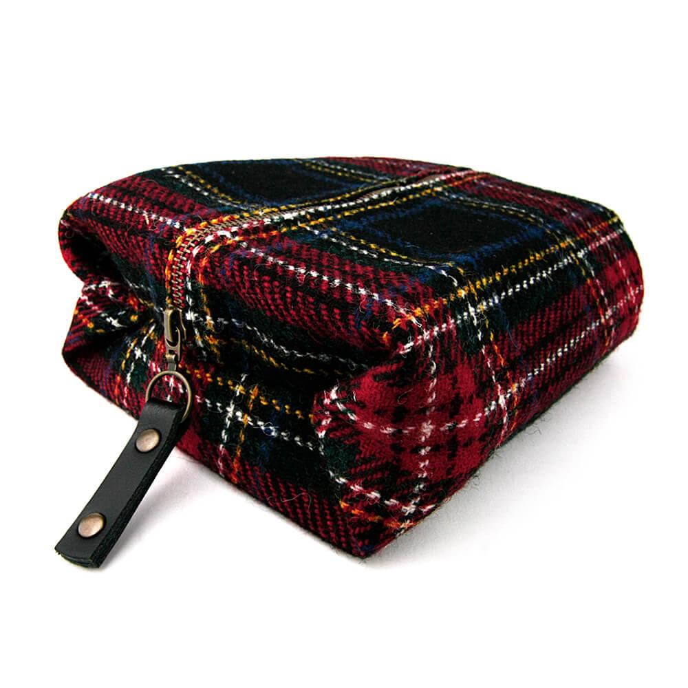 蘇格蘭 Harris Tweed|經典格紋毛料盥洗包 (黑藍綠皇家軍隊格紋)