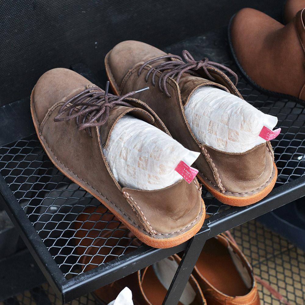 +O家窩 X 戶田 日本製天然木絲除溼/消臭芳香鞋塞-男鞋專用-1雙入-2種味道可選