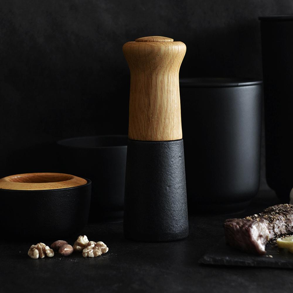 Morsø|皇家黑爵士橡木柄鑄鐵陶瓷芯岩鹽/胡椒研磨器