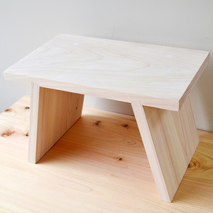 一郎木創|日檜八字凳-30cm