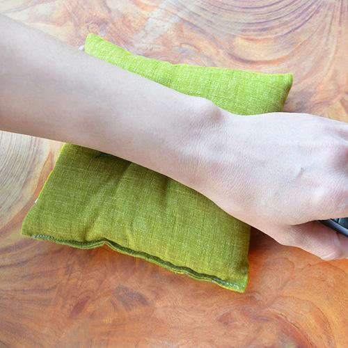 一郎木創|無垢手枕|滑鼠支撐、木纖維填充、花色隨機