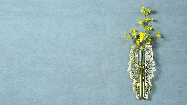 葉朵花器 蝶舞金色