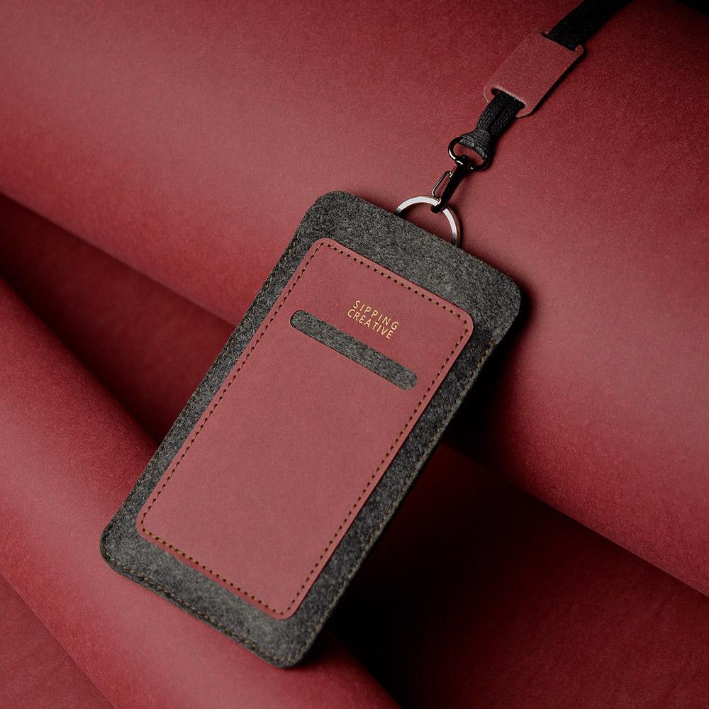 俬品創意|直式手機套(醇酒紅)