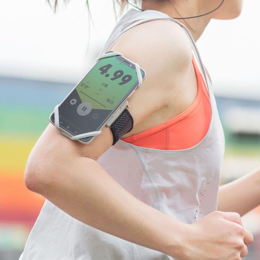 Bone | 跑步手機綁 通用運動臂套(手腕) - 灰色(S)