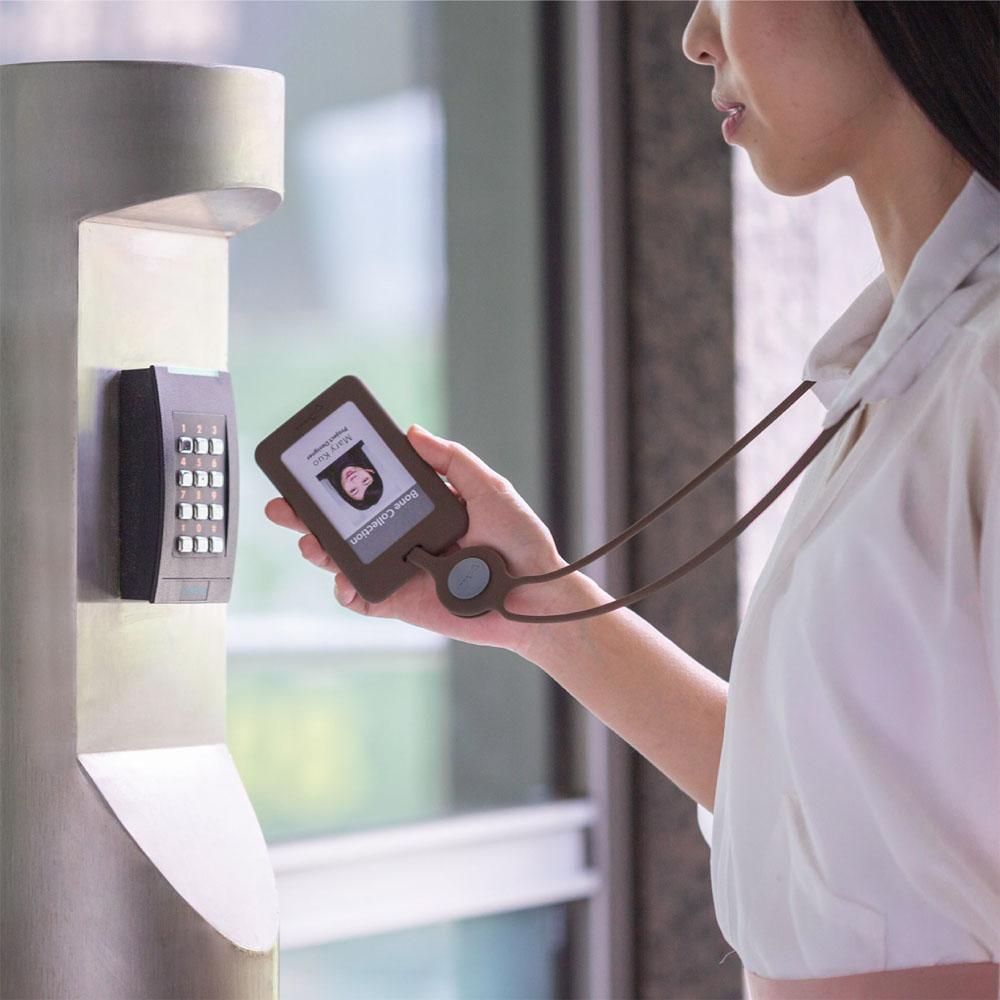 Bone|頸掛開窗識別證套 RFID雙面感應卡夾