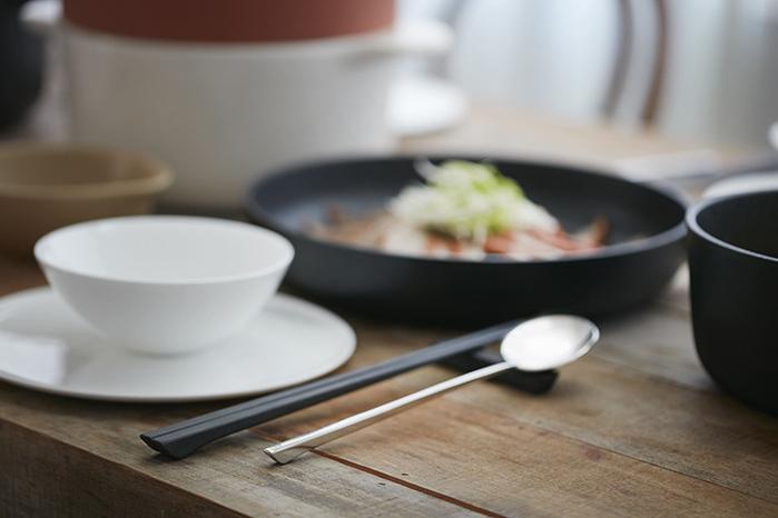(複製)JIA Inc.|碗筷系列木筷+筷架一雙入(圓點)