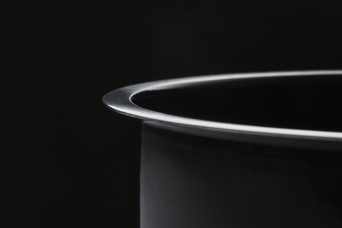 JIA Inc.|虹彩鋼 不鏽鋼琺瑯便當盒16cm ─ 黑色