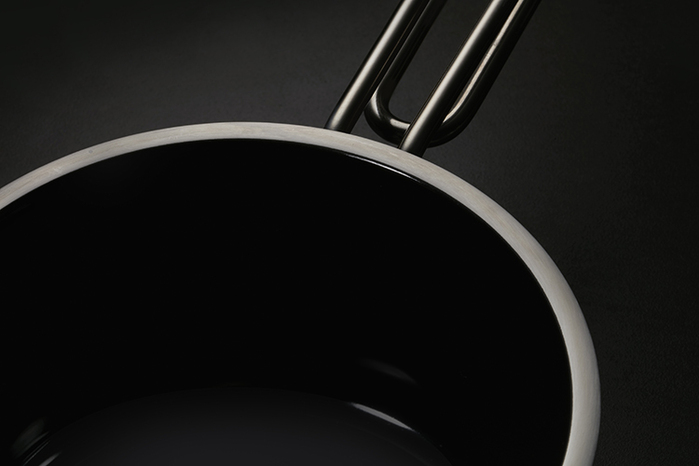 JIA Inc.|虹彩鋼 不鏽鋼琺瑯雙耳鍋20cm ─ 黑色