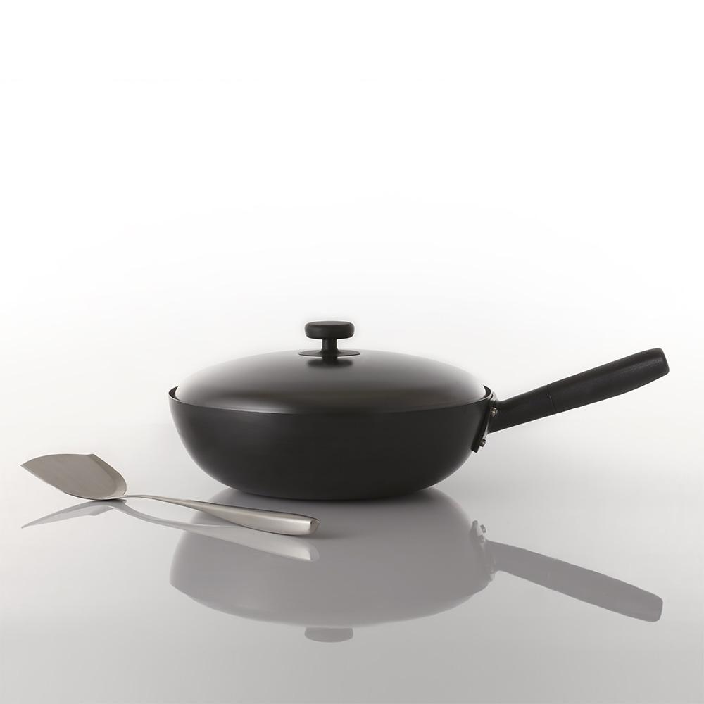JIA Inc. x 深澤直人|日嚐炒鍋32cm (附專屬鍋蓋/贈中式鍋鏟+多功能鍋蓋架)