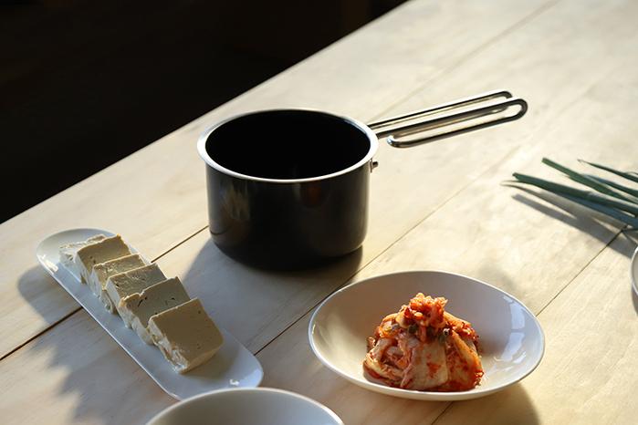 JIA Inc.|虹彩鋼 不鏽鋼琺瑯牛奶鍋14cm ─ 粉紅色