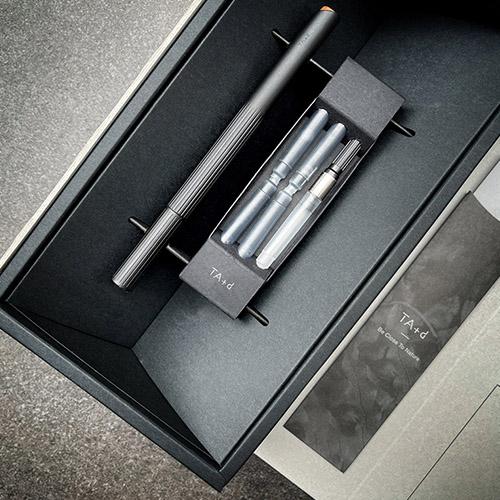TA+d|Fiber燻竹鋼筆/墨水禮盒