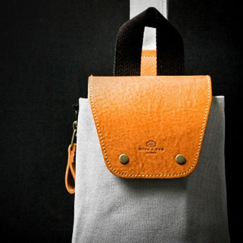 icleaXbag|手作進口真皮LOCA樂咖包(單寧藍)