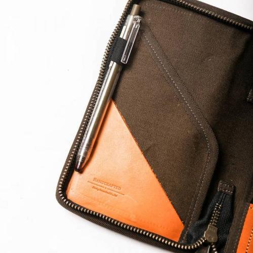 icleaXbag 二代真皮個性飛行護照匣護照夾 附贈禮盒包裝 (單寧藍)