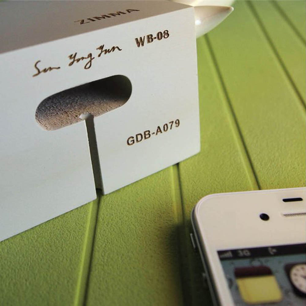 GeckoDesign ZIMMA 貝殼杉擴音器  for iPhoneSE /  i5系列 / i4系列 / iPod Touch 5(白/銀)