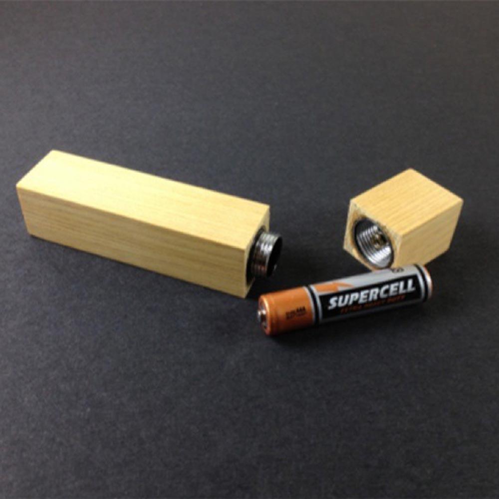 雲海設計|梢楠木小手電筒