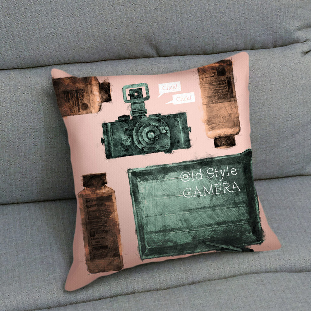 UMade|藝術家創作抱枕 -  老派相機 - 劉宜其 61Chi (40x40cm)
