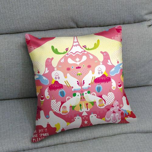 UMade|藝術家創作抱枕-美好一匙愉悅派 / 昂克魯 uncu (48x48cm)
