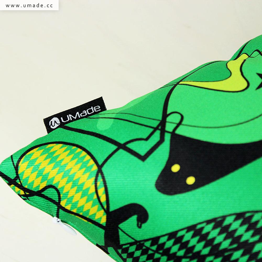 UMade|藝術家創作抱枕-法國天鵝週一秀 (綠) / 昂克魯 uncu (48x48cm)