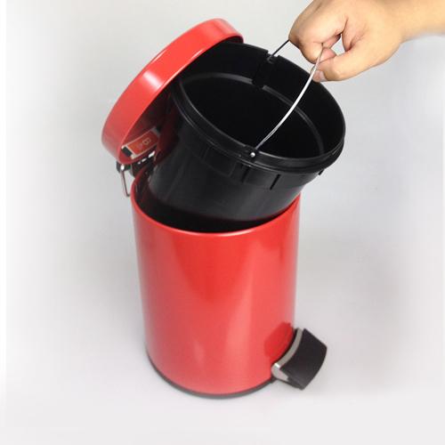 Brabantia 熱情紅腳踏式垃圾桶5L