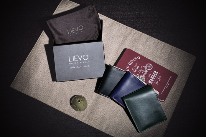 LIEVO │ 水蠟皮短夾(深礦藍)