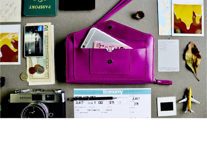 LIEVO|旅行手機皮夾-STORY(深櫻紅)