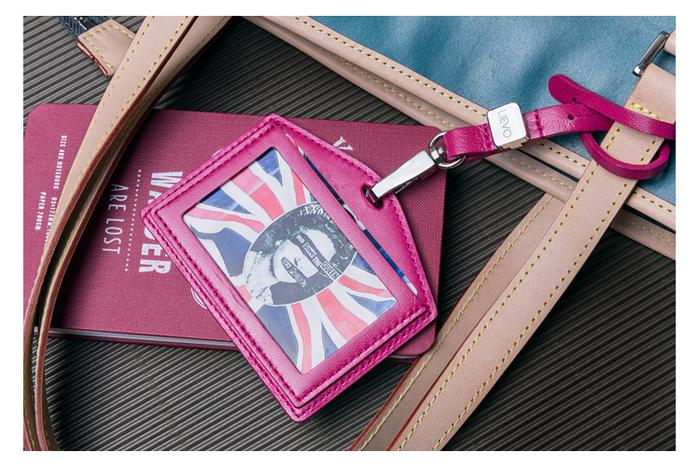 LIEVO │ 橫式感應證件套(午夜藍)