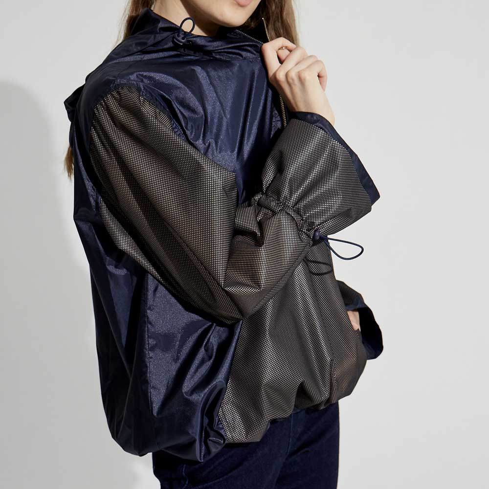 design+|未來感連帽上衣 /(1801TP07BK-S/M)