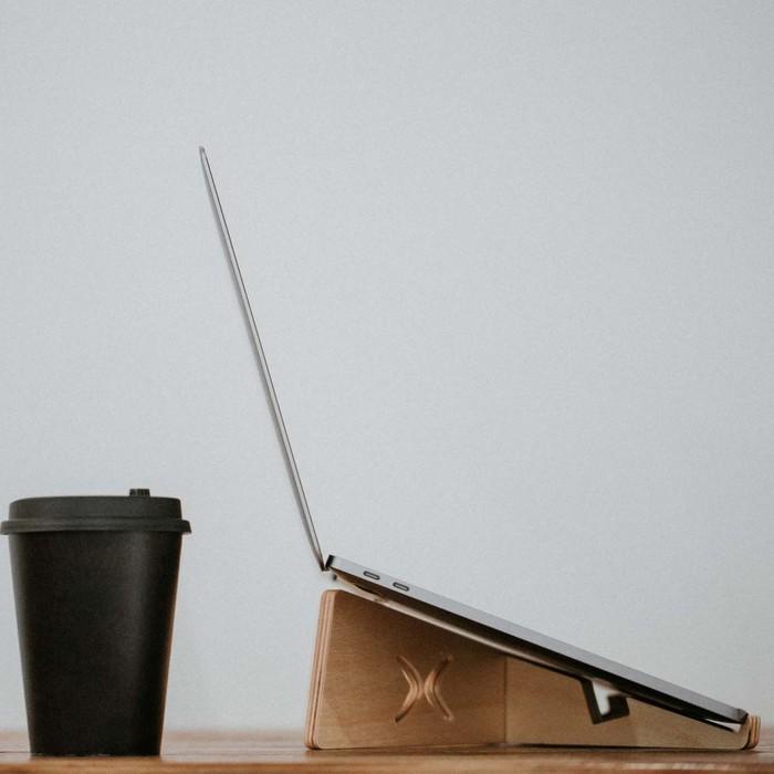 石三木廠|iestand 輕薄平板筆記型電腦架
