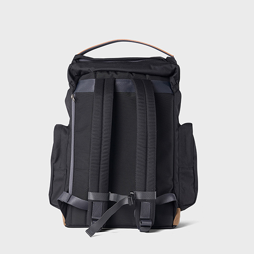 RAWROW|廣場系列-15吋兩用運動後背包(手提/後背)-墨黑-RBP620BK