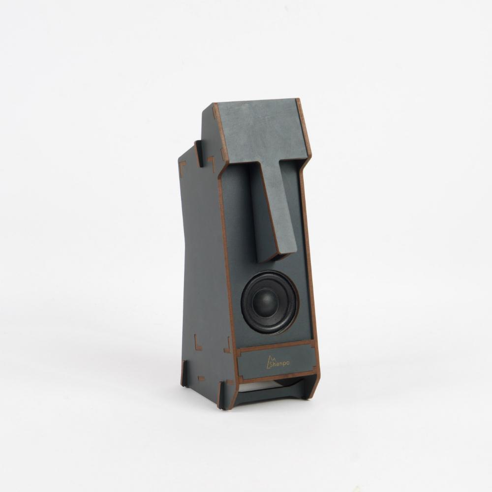 小山坡|立體拼圖音響 - 摩艾石像(無線音響)—— 岩石灰色