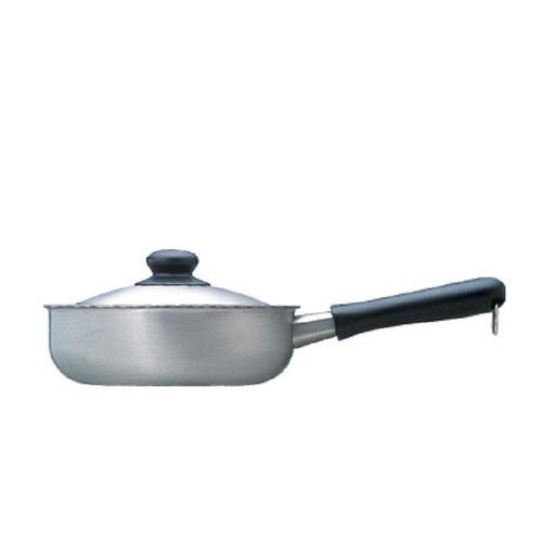 柳宗理-不鏽鋼 三層鋼 22cm 霧面 單柄鍋(附蓋)-大師級商品