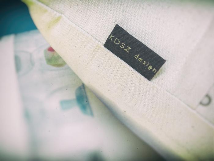 [ 裏-外系列 ] 抱枕 (LWCU_01)